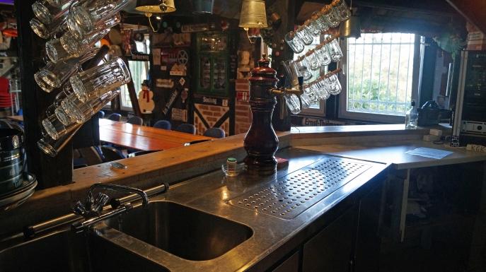 Zapfanlage an der Bar